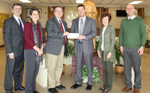 First Commonwealth Bank makes contribution to ECCSS