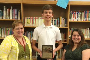 ECC junior receives award from Dubois Business College