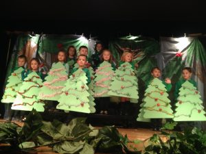 St. Leo School holds Christmas performance for family and friends